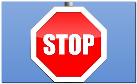 STOPという標識
